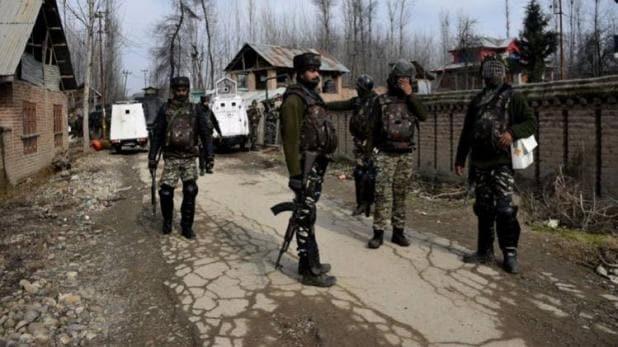 indian army जम्मू कश्मीर के अनंतनाग में सुरक्षाबलों पर ग्रेनेड से आतंकियों हमला, 5 लोग घायल