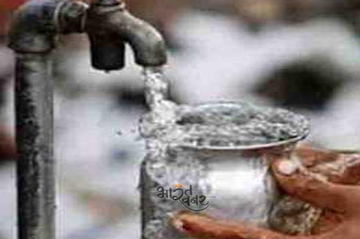 यूपी सरकार ने घर, पानी और सीवेज टैक्स वसूलने का किया फैसला