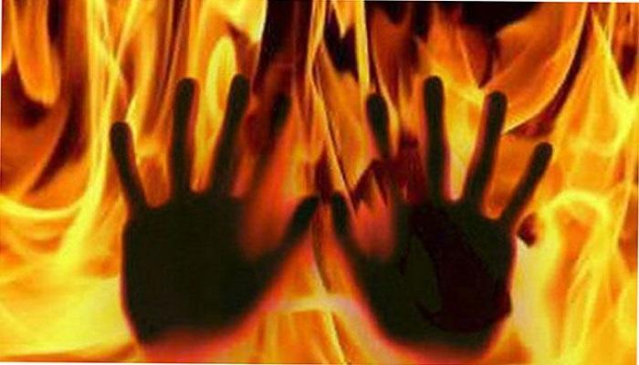 बिहार बिहार में 2 दिनों में दो बड़ी वारदात, तेल डाल कर 2 महिलाओं को जिंदा जलाया