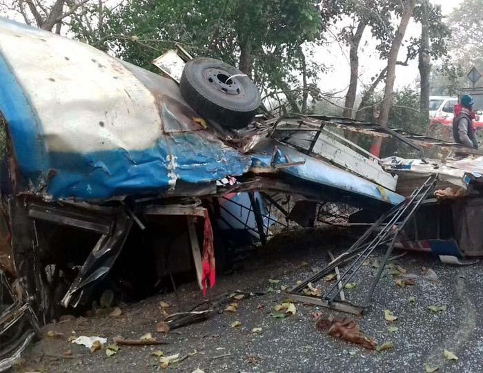 auto accident दिल्ली में अलग-अलग दुर्घटनाओं में सात की मौत, तीन घायल