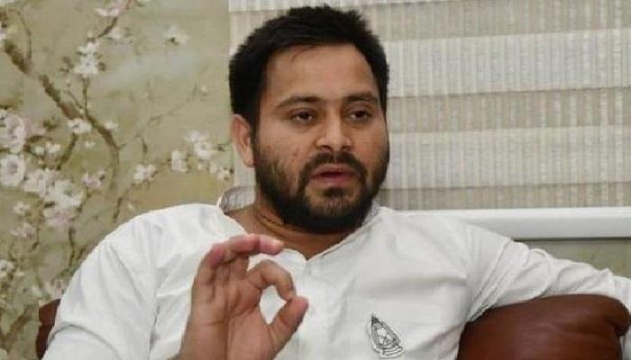 बिहार 5 तेजस्वी यादव ने एक बार फिर साधा नीतीश कुमार पर निशाना, चिट्ठी लिखकर दी इस्तीफा देने की सलह