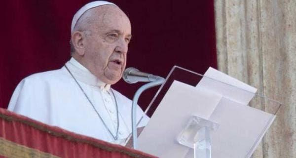 pop fransis vetican city पोप फ्रांसिस ने महिला श्रद्धालु को थप्पड़ मारने पर मांगी मांफी, कही ये बात