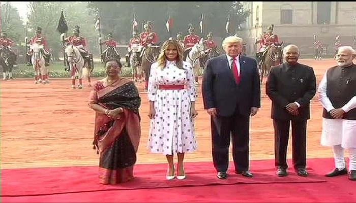 ट्रंप 2 अमेरिकी राष्ट्रपति डोनाल्ड ट्रंप के दौरे के दूसरे दिन राष्ट्रपति भवन में किया गया औपचारिक स्वागत