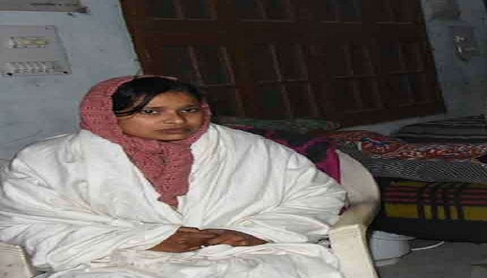 देहरादून 1 उत्तराखंड में गंगा की रक्षा के लिए एक्ट बनाने को लेकर अनशन पर बैठी साध्वी पद्मावती का मुद्दा संसद में गूंजा