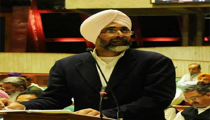 पंजाब 12 वित्त मंत्री मनप्रीत सिंह बादल ने बॉर्डर एरिया डेवलपमेंट और कंडी एरिया के विकास के लिए किया मात्र 100 करोड़ की राशि का प्रावधान