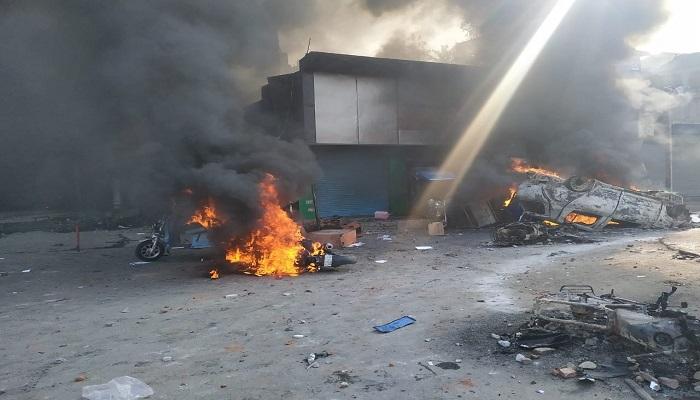 भजनपुरा दिल्ली में सीएए के प्रदर्शन को लेकर हिंसा, पेट्रोल पंप, मजार, दुकान और घरों को लगाई आग