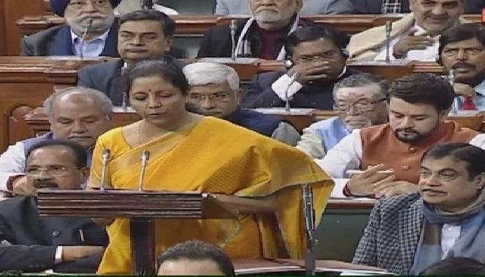 budget बजट 2020: वित्त मंत्री निर्मला सीतारमण ने किया बड़ा एलान, 5 लाख की कमाई पर कोई टैक्स