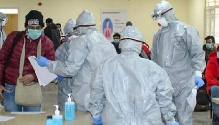 कोरोना वायरस से देश में गुरुवार को गुजरात, महाराष्ट्र और कश्मीर में एक-एक शख्स की मौत