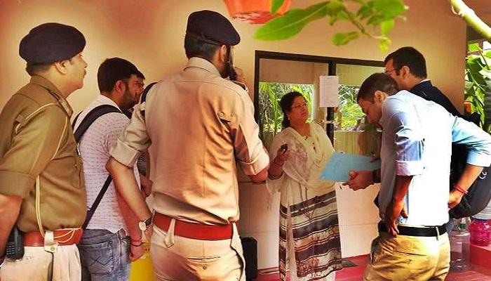 छत्तीसगढ़ छत्तीसगढ़ छापेमारी: मुख्यमंत्री की करीबी अधिकारी के ड्राइवर ने किया खुलासा, छापे से पहले सीएम हाउस गए थे 5 बैग