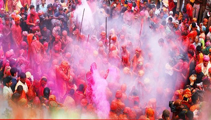 जम्मू कश्मीर 1 जम्मू-कश्मीर में बेहद ख़ुशी के साथ मनाया गया होली का त्योहार