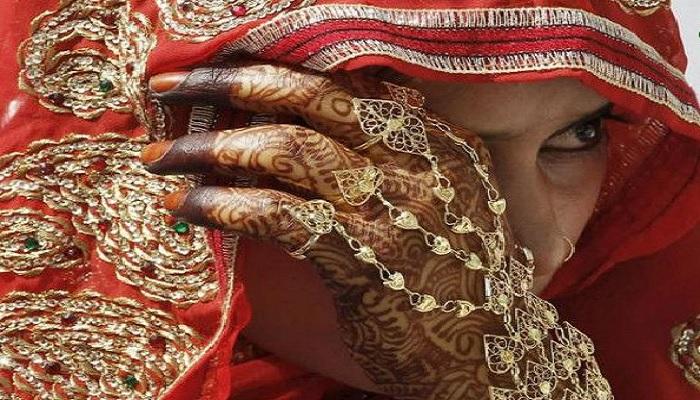 पाकिस्तान अभी भी पाकिस्तानी लड़कियां खरीदकर शादी कर रहे हैं चीनी मर्द