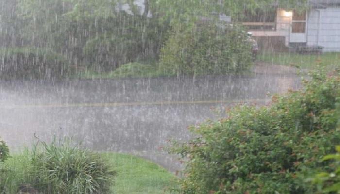 बारिश ओले दिल्ली-एनसीआर में तेज हवा के साथ झमाझम बारिश, ओले भी गिरे