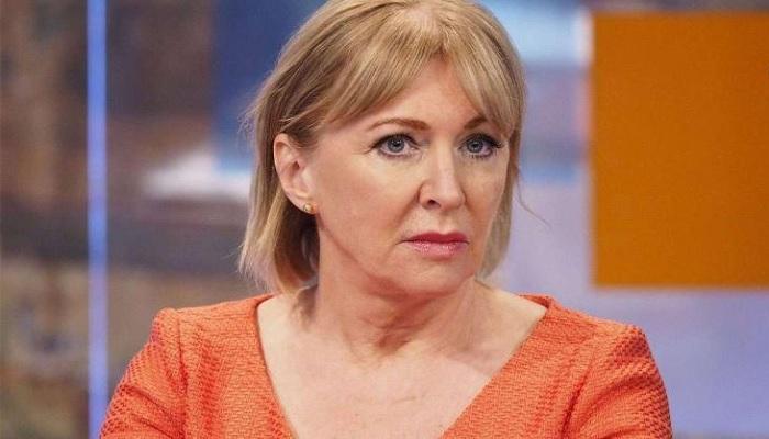 ब्रिटेन कोरोना वायरस की चपेट में आई ब्रिटेन के स्वास्थ्य विभाग की मंत्री नडीने डोरिस