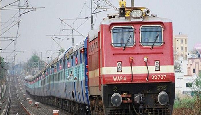 भारतीय रेल कोरोना वायरस के खतरे को देखते हुए रेलवे का बड़ा फैसला, 31 मार्च तक यात्री ट्रेनों का परिचालन बंद