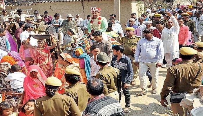 राजस्थान राजस्थान के बूंदी जिले में कड़ी सुरक्षा के बीच दलित दूल्हे की बरात, पुलिसकर्मी और डीएसपी रहे मौजूद
