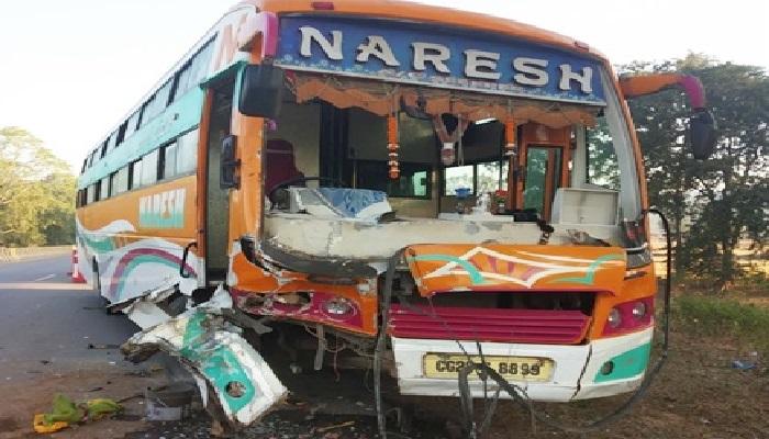 छत्तीसगढ़ 15 लॉकडाउन के दौरान कोटा में फंसे छत्तीसगढ़ के सैकड़ों छात्रों को लेने गई बस दुर्घटनाग्रस्त, एक छात्रा घायल