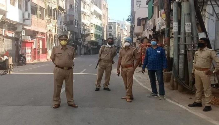 दिल्ली 1 यूपी की तरह दिल्ली में भी 20 जगह सील, अहम फैसला घर से बाहर निकलने के लिए चेहरे पर मास्क अनिवार्य