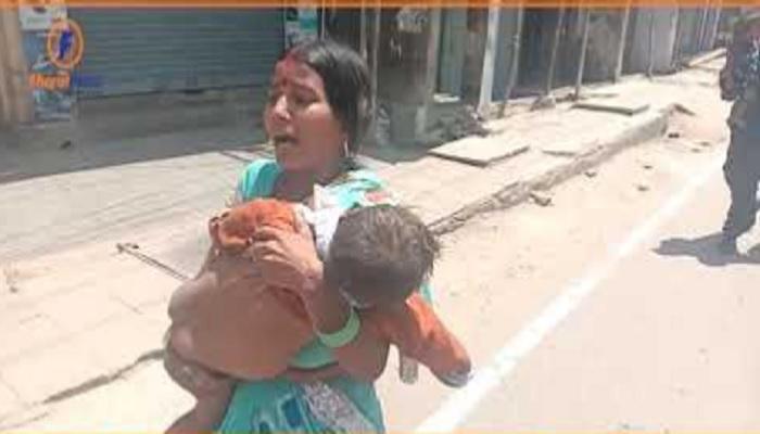 बिहार जहानाबाद शर्म से डूब मरों सुशासन बाबू, मरे हुए बेटे की लाश बिहार की सड़कों पर लेकर घूमती रही मजबूर मां