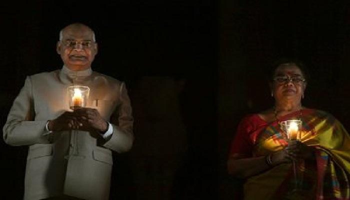 रामनाथ कोरोना से जंग लड़ने के लिए पीएम मोदी सहित इन दिग्गज नेताओं ने दीप जलाए