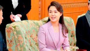 kim 2 किम जोंग उन के मरने के बाद हमेशा पर्दे में रहने वाली पत्नी का क्या होगा? जानिए कैसी है सनकी तानाशाह की निजि जिंदगी...
