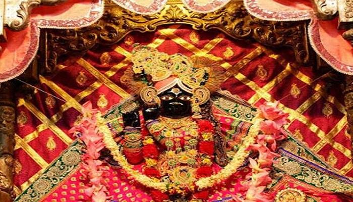 krishn 3 2 अक्षय तृतीया पर ठाकुर बांकेबिहारी के चरणों के दर्शन क्यों किए जाते हैं?, जानिए क्या है इसके पीछे का इतिहास..