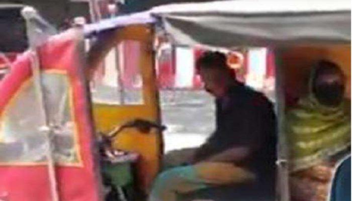 rikha 1 कोरोना-लॉकडाउन ने खोल दी रिक्शा चालक की किस्मत, रिक्शा चालक ने ऐसा क्या किया की महिन्द्र कंपनी ने दे डाला ऑफर?