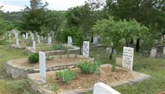जनाजा पांच कब्रिस्तानों ने लौटाया जनाजा तो हिंदुओं ने शमशान में दी दफनाने की जगह