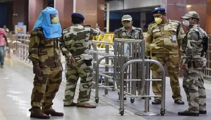 दिल्ली एयरपोर्ट दिल्ली एयरपोर्ट पर पिछले 24 घंटे में सीआईएसएफ के 18 जवान कोरोना संक्रमित पाए गए