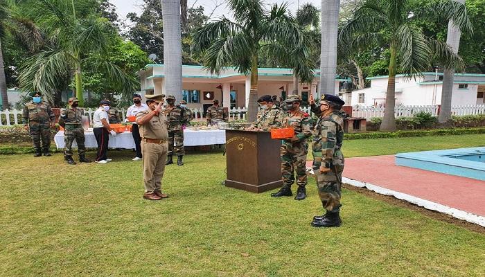 मेरठ 1 कोरोना वारियर्स को सेना की सलामी, डॉक्टर, सफाई कर्मी और पुलिसकर्मियों को किया सम्मानित