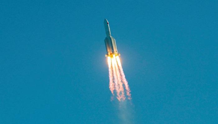 chaiina 1 कोरोना के बीच चीन को लगा सबसे बड़ा सदमा,चीनी का सबसे बड़ा रॉकेट पृथ्वी पर गिरा..