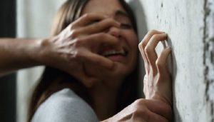 rape 2 लॉकडाउन  के बीच आयी दिल दहला देने वाली खबर, 80 साल के बूढ़े ने किया 22 साल की लड़की का रेप..