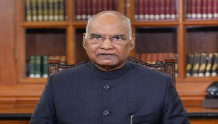 रामनाथ कोविंद राष्ट्रपति रामनाथ कोविंद ने दी शहीदों के श्रद्धांजलि, कहा-उनके बलिदान को नमन