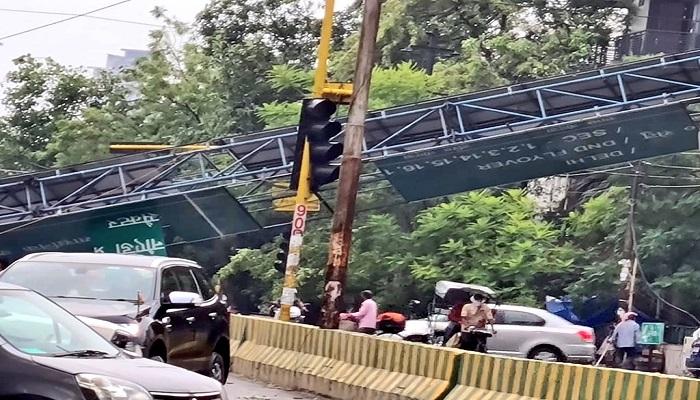 DELHI NCR दिल्ली-एनसीआर में आंधी-तूफान के बाद हुई झमाझम बारिश, डीएनडी पर हुआ बड़ा हादसा