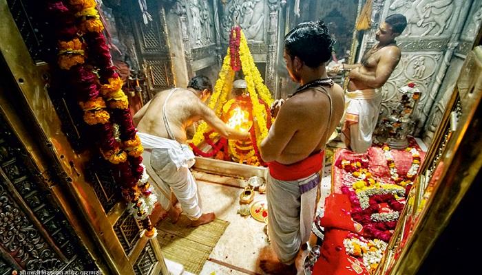baba vishvnath tampel बाबा काशी विश्वनाथ मंदिर के साथ खुले भक्तों के लिए ये 6 और बड़े मंदिर, हुई पहली पूजा, खुश नजर आए भक्त