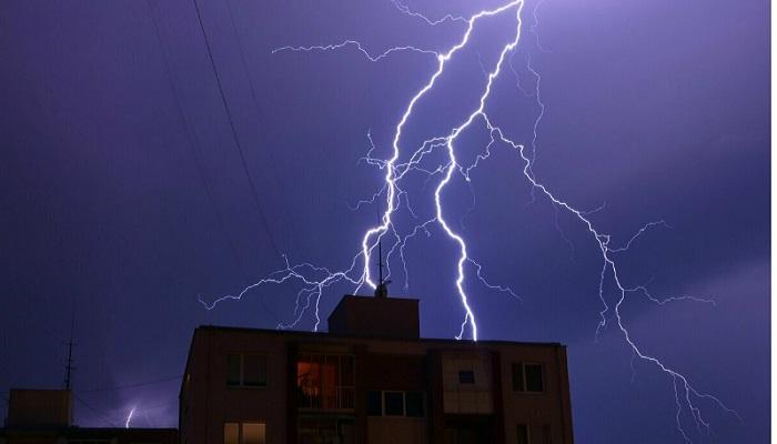 bihar death बिहार में बिजली गिरने से मरने वालों की संख्या 100 के पार, 72 घंटों का हाई अलर्ट