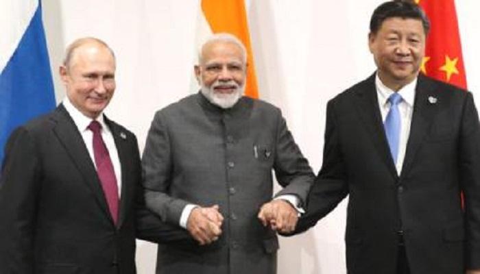 विक्ट्री डे के बीच रूस किसका देगा साथ भारत या चीन? लाइव अपडेट..