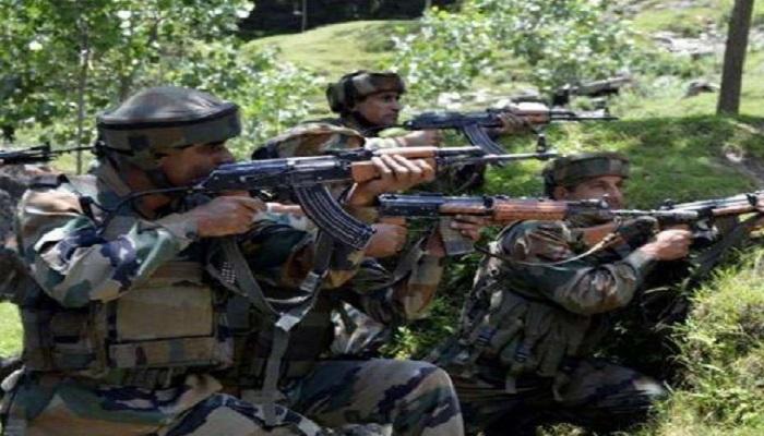 जम्मू-कश्मीर के पुलवामा में चल रही मुठभेड़ में तीन आतंकी ढेर, हिजबुल के टॉप कमांडर कासिम शाह उर्फ जुगनू का भी खात्मा