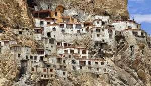 lamuru muth 2 लद्दाख में मौजूद एक ऐसा रहस्यमय मठ जहां हर रोज होती है चीन के विनाश की पूजा..