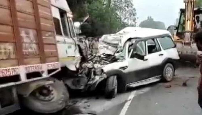 pratapgarh यूपी के प्रतापगढ़ में एक बड़ा हादसा, ट्रक और स्कॉर्पियो में टक्कर, 9 लोगों की मौत