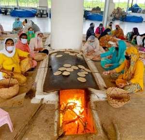 radha swami 3 3 लाख खाने के पैकेट किए तैयार,राधा स्वामी सत्संग ब्यास जम्मू
