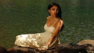 riya 2 सुशांत की मौत के आरोपों में घिरी गर्लफ्रेंड रिया ने वीडियो जारी करके दी सफाई..