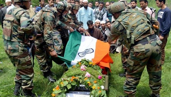 पाकिस्तान के साथ सीमा पार गोलाबारी में भारतीय जवान हुआ शहीद..