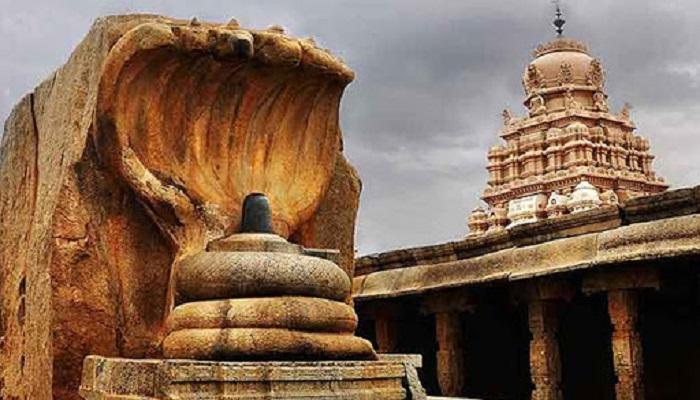 shiv 2 रेत से निकला हजारों साल पुराना शिव मंदिर, जानिए क्यों है खास?