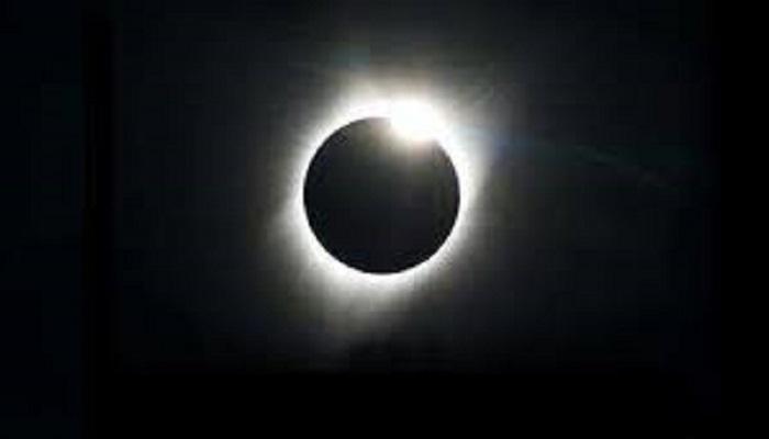 sun 1 21 जून को पड़ने वाला सूर्यग्रहण आफत बनकर टूट रहा दुनिया पर, प्राकृतिक आपदाएं लेंगी लोगों की जान..