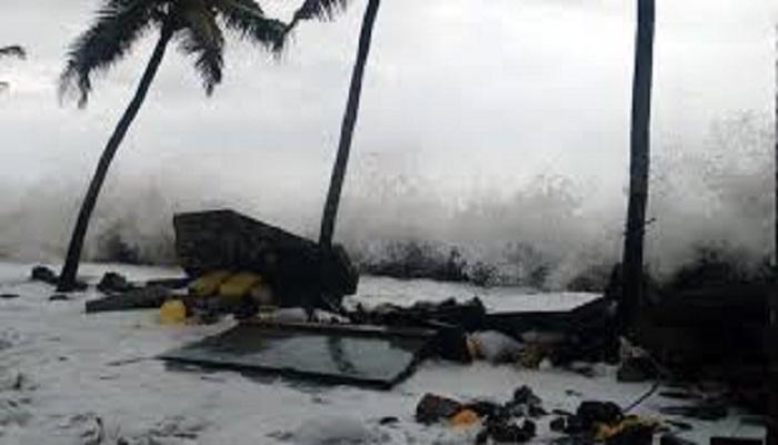 tufan 1 अगले 24 घंटे में मोदी के गढ़ पर आफत बनकर टूटेगा तूफान, देश के इन दो राज्यों में होगी भारी तबाही..