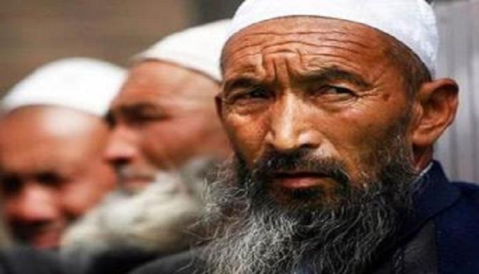 भारत-चीन विवाद के बीच अमेरिका ने चीन के सिर पर फोड़ा उइगर मुस्लिम बम, बुरा फंसा चीन..