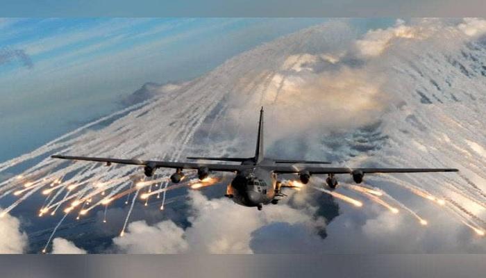 चीन को सबक सिखाने के लिए भारत ने बढ़ाई अपनी सैन्य ताकत, जल्द आने वाले है ये विशाल विमान