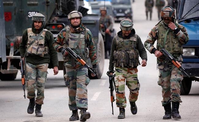 army 1 shopian encounter: सेना का ऑपरेशन ऑलआउट, जम्मू-कश्मीर के शोपियां में 3 आतंकी ढेर