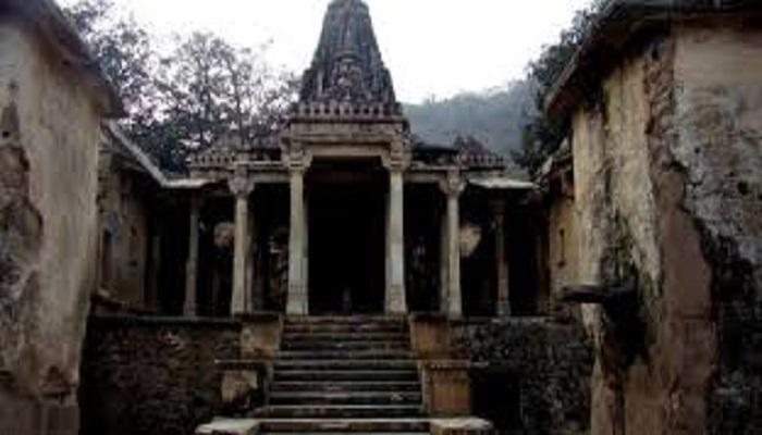 bhangarth 1 भानगढ़ के किले को भूतिया बनाने वाले सनकी तांत्रिक की कहानी...