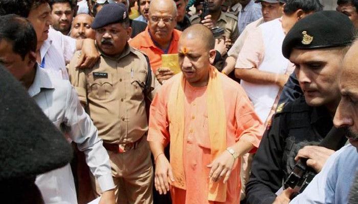 शहीद पुलिसकर्मियों को श्रद्धांजलि देने कानपुर पहुंचेंगे सीएम योगी